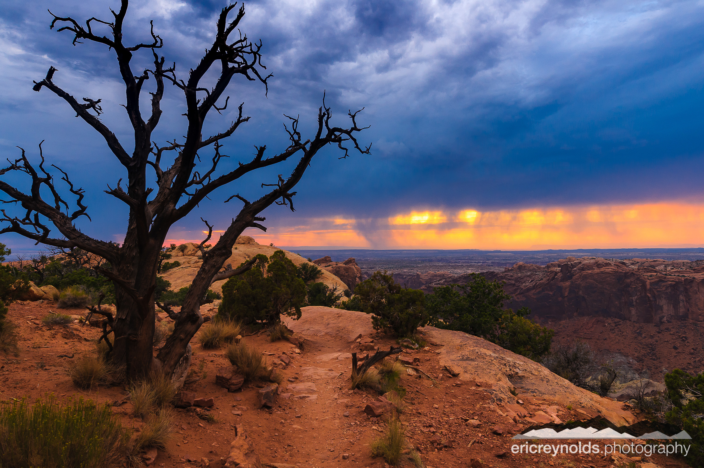Upheaval Dome by Eric Reynolds - Landscape Photographer